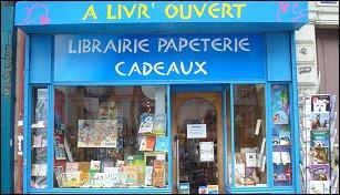 librairie a livre ouvert